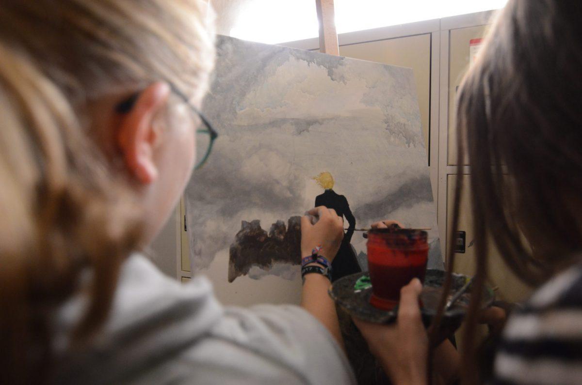 Das Kunstprofil der Oberstufe gestaltet ein Gemälde von Caspar David Friedrich nach