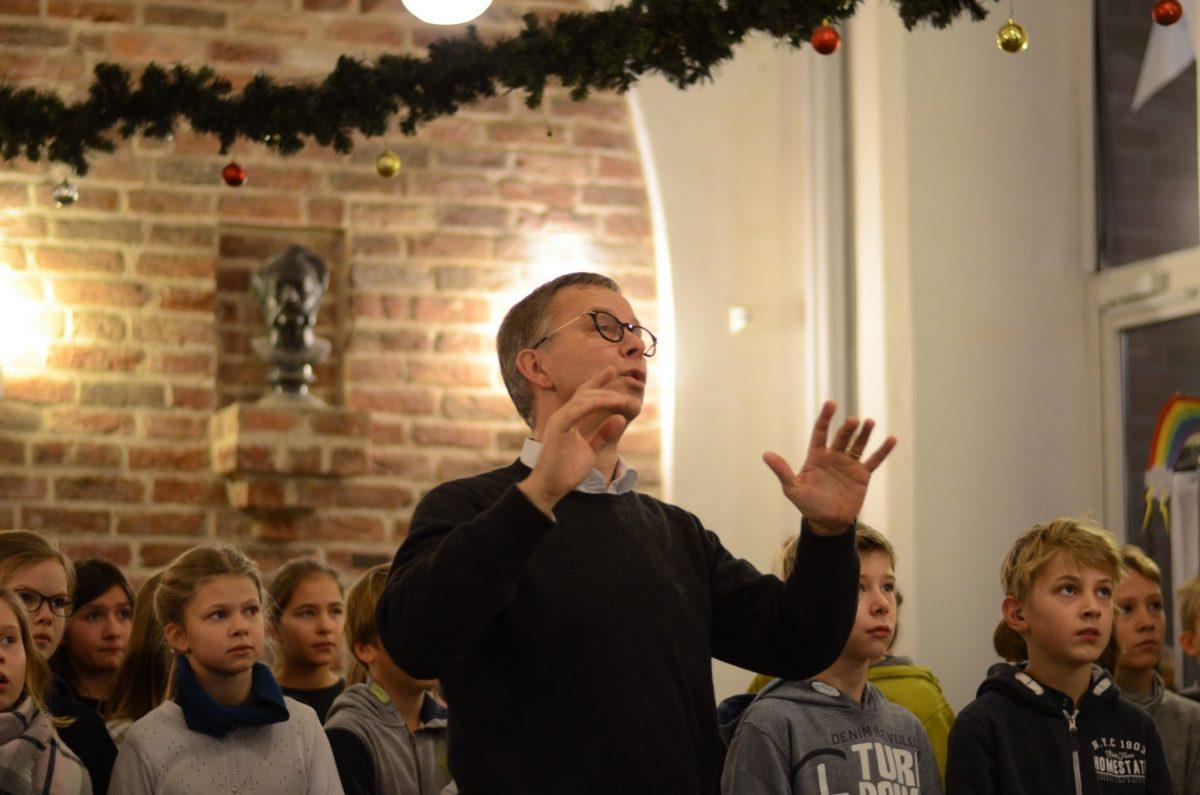 Herr Hegge dirigiert