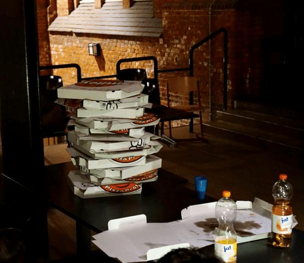 KRR – mal eben 80 Pizzen und 120 Brötchen für das Hallenwochenende organisieren und die Reste verarbeiten