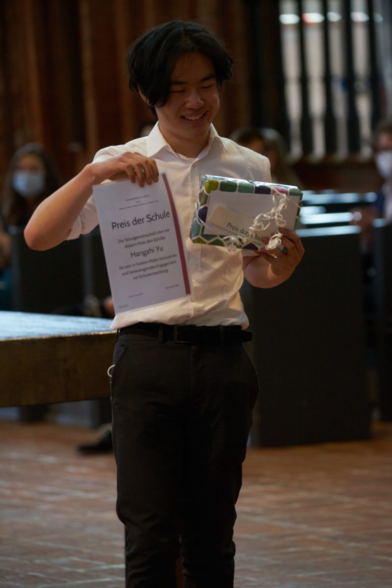 Hangzhi Yu (Q2b) - Preis der Schule