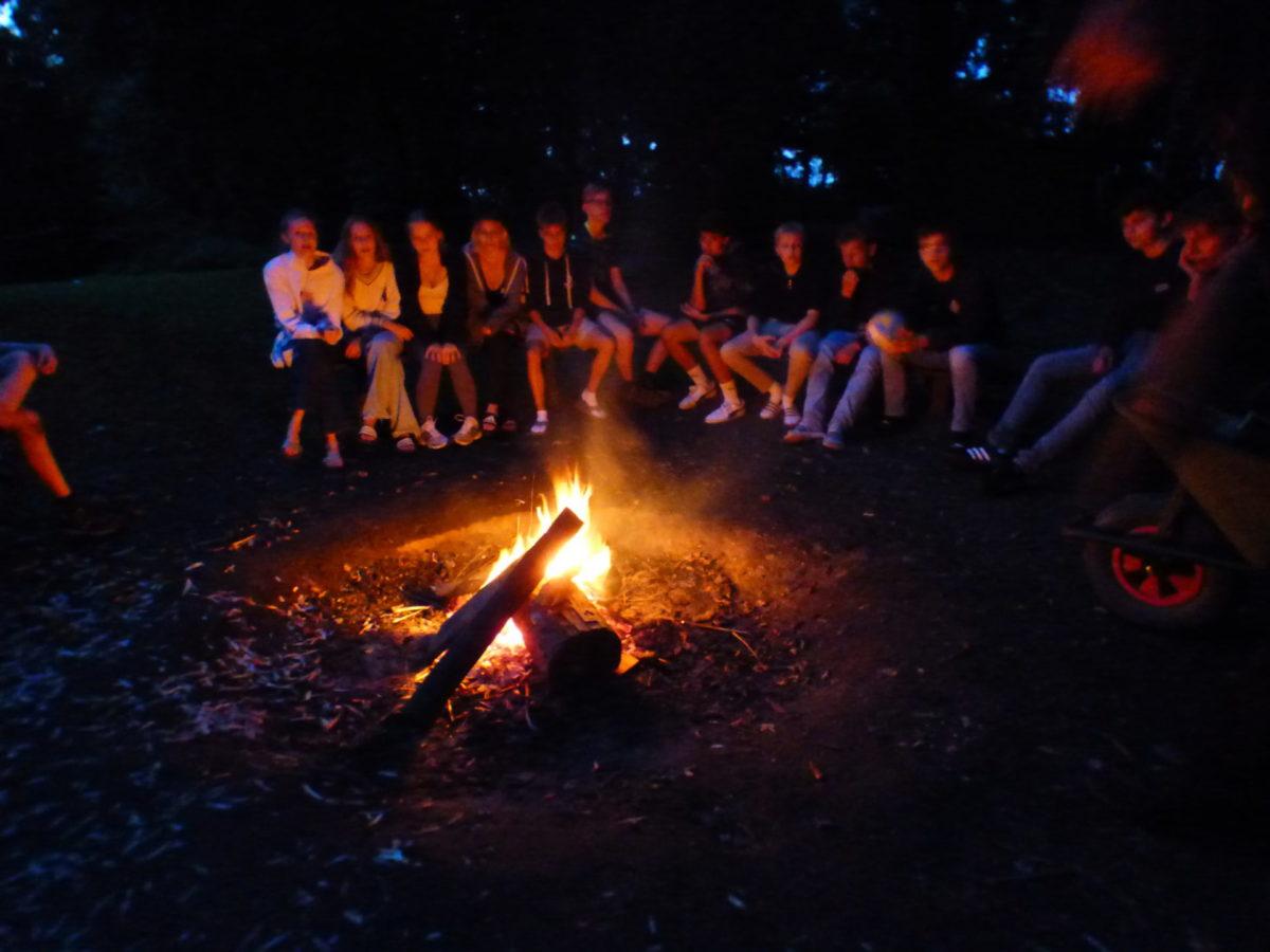 Abend am Lagerfeuer – Projektwoche Ec
